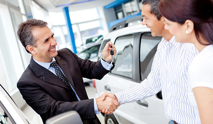 Auto,Car,Dealer,Carsalesman,Negotiation,Features,Budget,parts,how-to-buy-a-car,dealerships,buying-a-new-car,new-buyer,