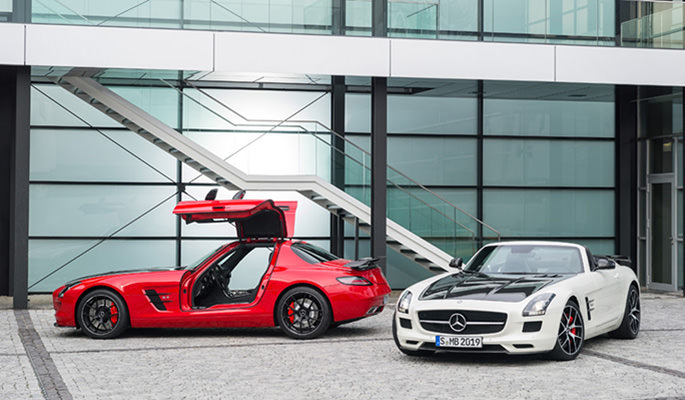 Mercedes-Launches-the-Final-SLS-AMG